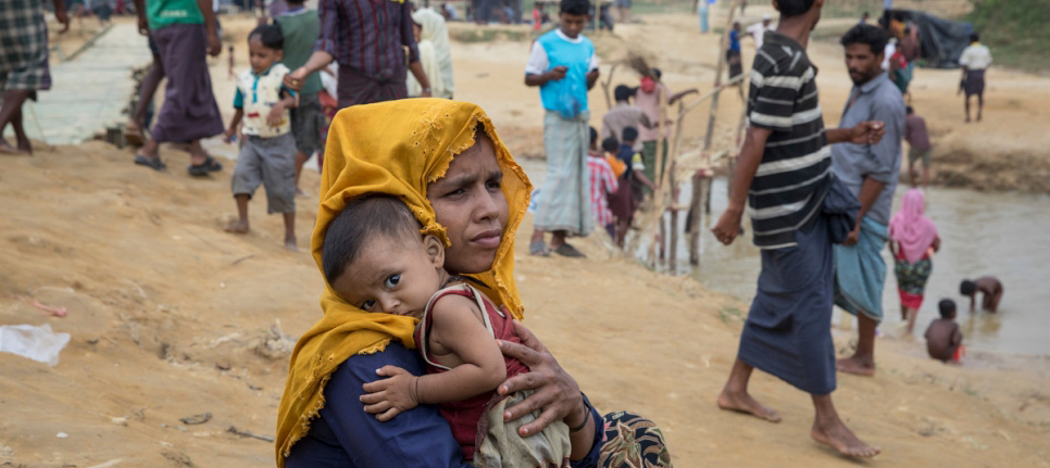 As Rohingya influx rises to an estimated 507,000, UN Refugee Agency adds three diarrhoea treatment centres and rehydration outreach teams.