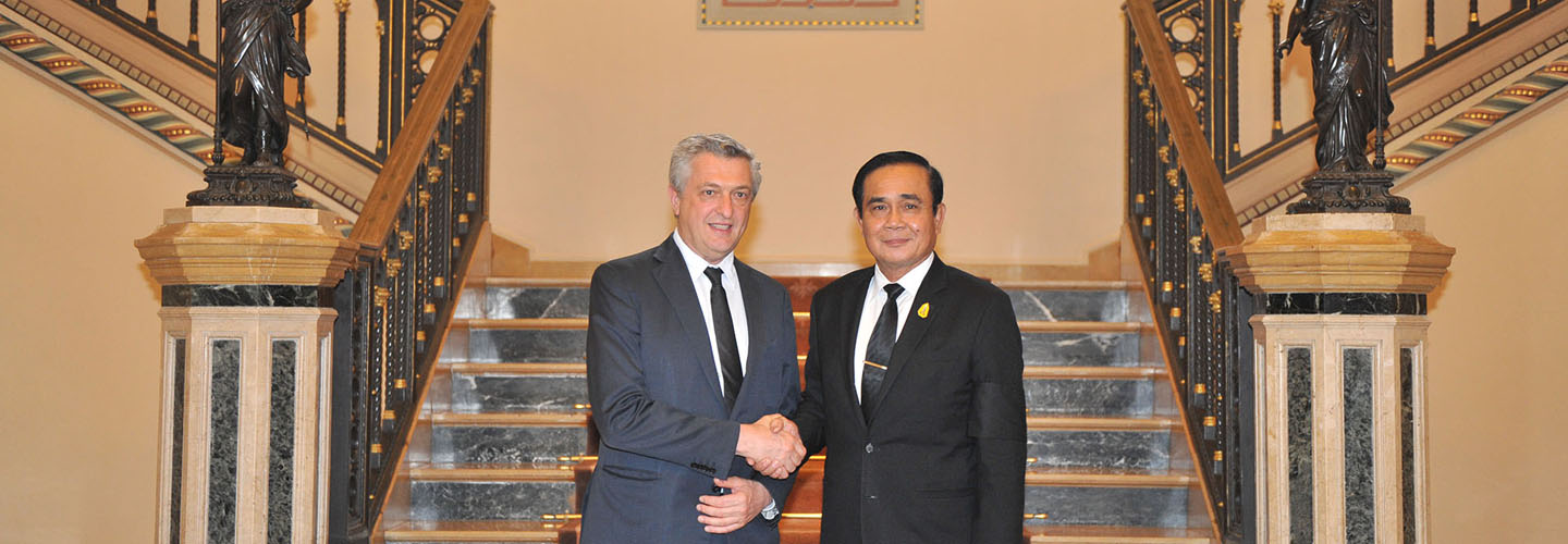 During his first visit to Thailand as the United Nations High Commissioner for Refugees, Mr. Filippo Grandi met with Prime Minister General Prayuth Chan-ocha to discuss the situation of refugees and asylum seekers in Thailand.