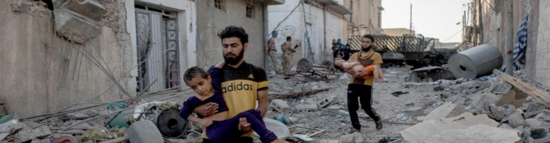การต่อสู้ในเมืองโมซุลทำให้ประชาชนต้องเผชิญกับความโหดร้ายและความหิวโหย