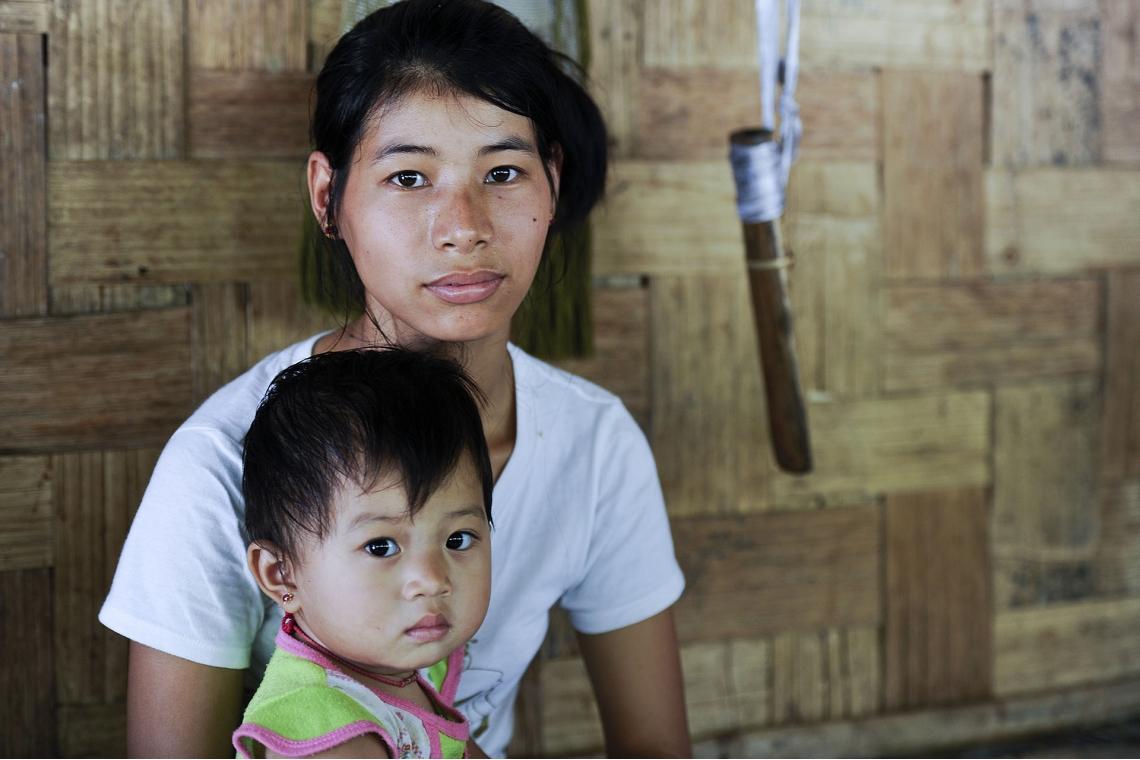 ช่วยเด็ก ผู้หญิง  บริจาค UNHCR Donors fundrAบริจาค UNHCR Donors fundraising ยูเอ็นเอชซีอาร์ ทำบุญ  agricultural, vocational, and livelihood training PEOPLE WITH DISABILITIES WOMEN HELP SUPPORT  REFUGEES