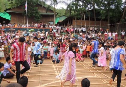 Karen Traditional Bamboo Dance performed by Tanintharyi Junior College Students in Tham Hin camp