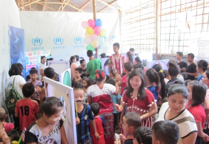 UNHCR Career Photo Booths have received a lot of interest from refugees in Ban Don Yang camp at all ages. Children have a lot of fun pretending to be police official, nurse, doctor, singer, chief and etc.