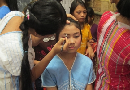 Graduated vocational training students from ADRA have opened make-up shop for free to all refugees in Ban Don Yang camp.