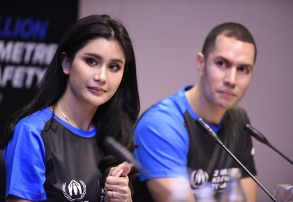 """UNHCR invites Thai public to step in solidarity with refugees in """"2 Billion Kilometres to Safety"""" Campaign. ©UNHCR/Somkiat Jaraspat"""