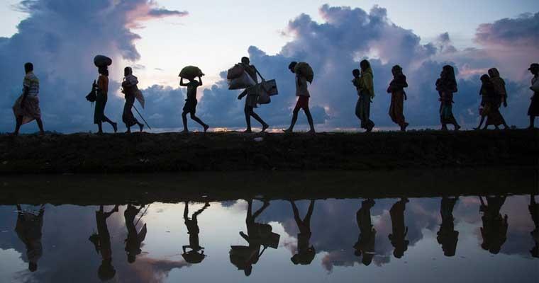 ผู้ลี้ภัยชาวโรฮิงญามากกว่า 500,000 คน หนีมายังบังคลาเทศหลังความรุนแรงปะทุขึ้นในประเทศเมียนมาร์เมื่อปลายเดือนสิงหาคมที่ผ่านมา  นี่เป็นสรุปเหตุการณ์สำคัญจากวิกฤตการณ์ครั้งนี้