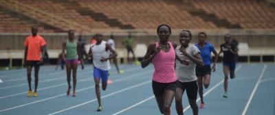 นักกีฬา 5 คนมุ่งหน้าจากประเทศเคนย่าไปยังการแข่งขันสหพันธ์กรีฑานานาชาติหรือ IAAP championship ณ กรุงลอนดอน เป็นผู้ลี้ภัยกลุ่มแรกที่เข้าร่วมการแข่งขัน