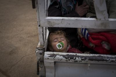เด็กและครอบครัวผู้ลี้ภัยไร้ที่พักพิง และต้องการความคุ้มครอง พวกเขาต้องการความช่วยเหลือจากท่านตอนนี้