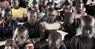 ที่ส่งผลให้เด็กผู้ลี้ภัยอายุระหว่าง 5 -17 ปี กว่า 3.5 ล้านคน ไม่มีโอกาสเข้าเรียนในปีการศึกษา